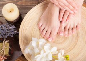 hand and foot massage - touch matters